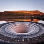 8. На снимке туннель для слива воды на водохранилище Ледибауэр. Источник: reddit.