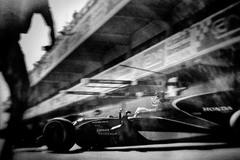 Формула-1 и 104-летняя фотокамера