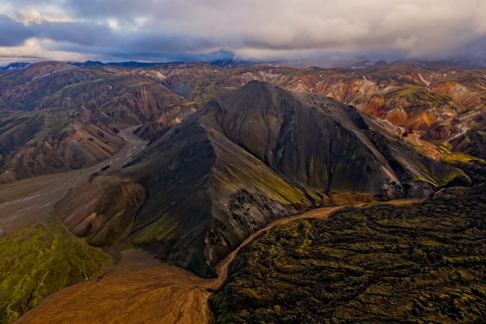 Iceland - symphony of nature Автор: Сергей Вовк