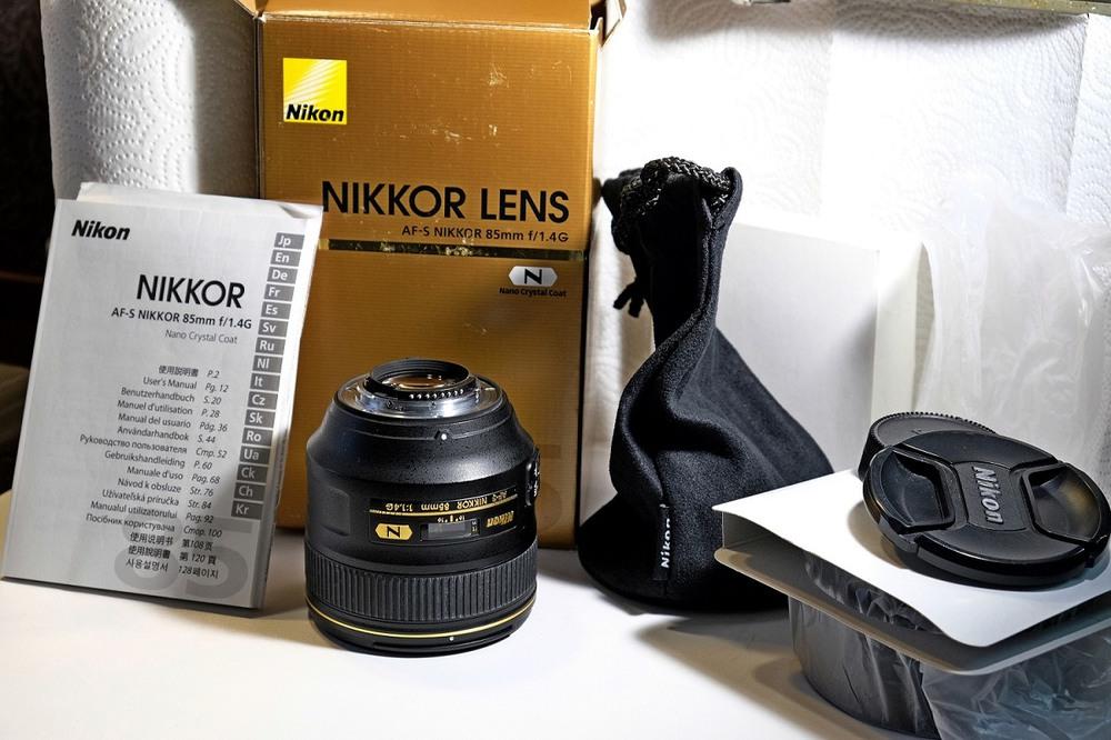 Nikon 85mm f1. 4g (1100$)