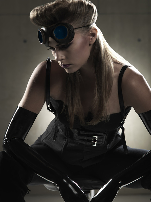 "21 ""Steampunk - New Order..."""