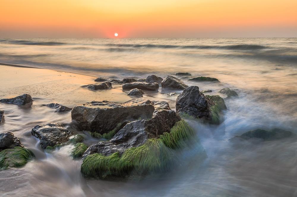 Схід сонця на морі Автор: Андрій Косенко