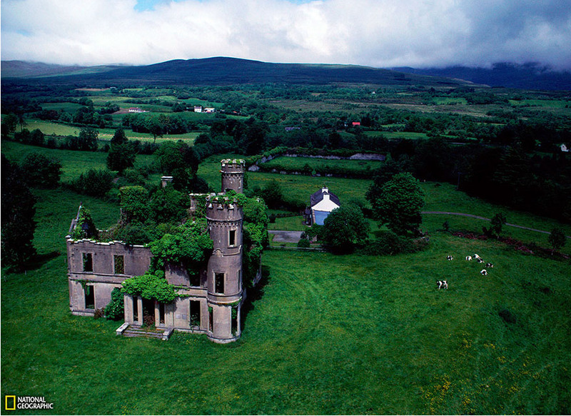 2 Забытый особняк, Ирландия. Источник: Sam Abell.