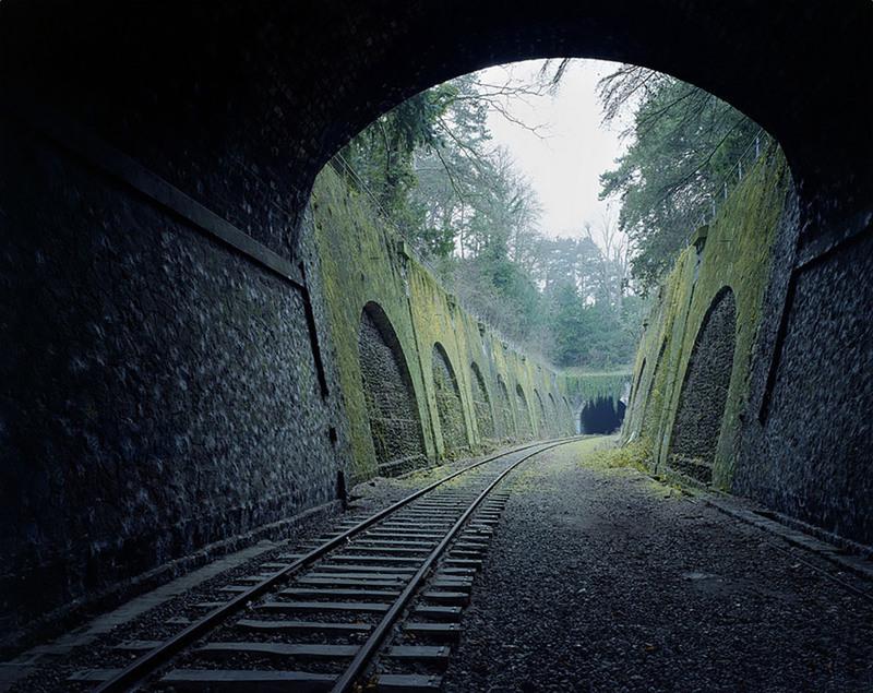 9 160-летняя железная дорога в Париже, Франция. Источник: Pierre Folk.