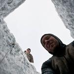 12 Каждая прорубленная дыра во льду — это час интенсивной работы.