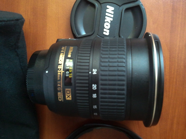 Продам Nikon AF-S DX Zoom-NIKKOR 12-24mm f/4G IF-ED