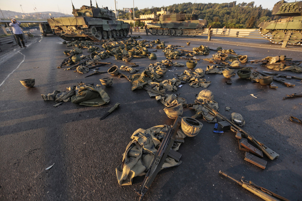 26 Июль. Clothes and weapons were abandoned after a failed coup attempt against President Recep Tayyip Erdogan of Turkey.Getty Images