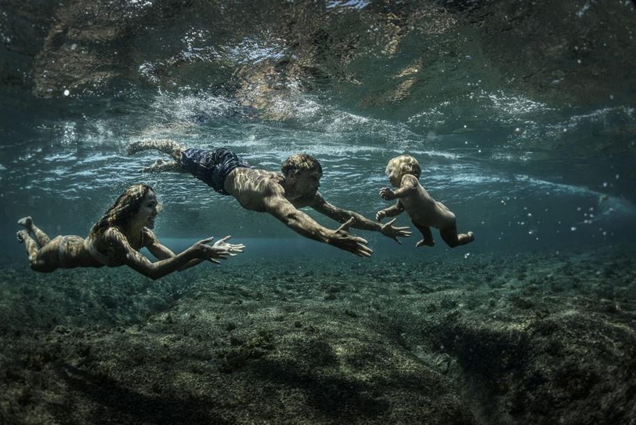 8 Дитя воды. Автор фото: Родни Берсиел. Местоположение: остров Таваруа, Фиджи.