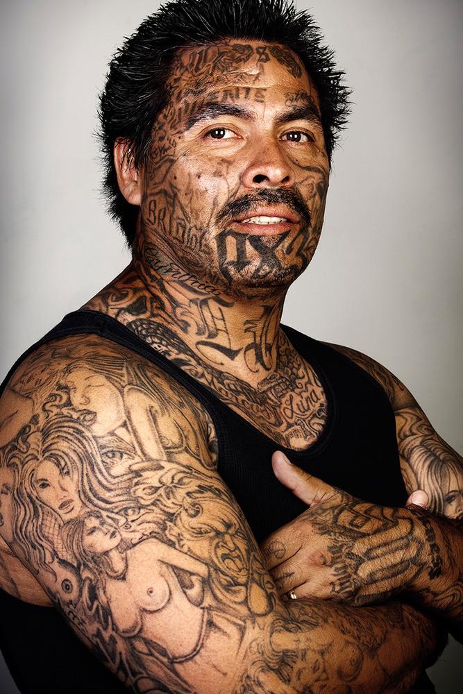 Участники уличных банд без тату— проект фотографа Steven Burton