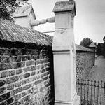 4 Могила католички и её мужа-протестанта, Голландия, 1888.