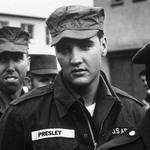21 Элвис Пресли в армии, 1958.