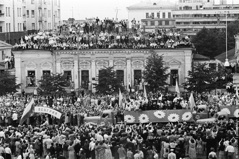 5 Москва, Садовое кольцо, VI Всемирный фестиваль молодежи и студентов. 1957 г.