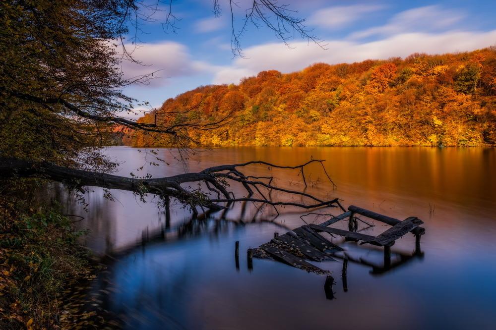 Озеро Барвинок в начале ноября Автор: Сергей Вовк
