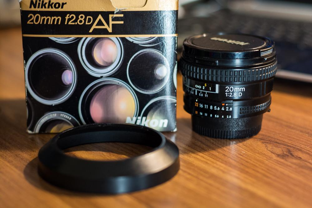 Продам Nikon AF 20mm f/2. 8D