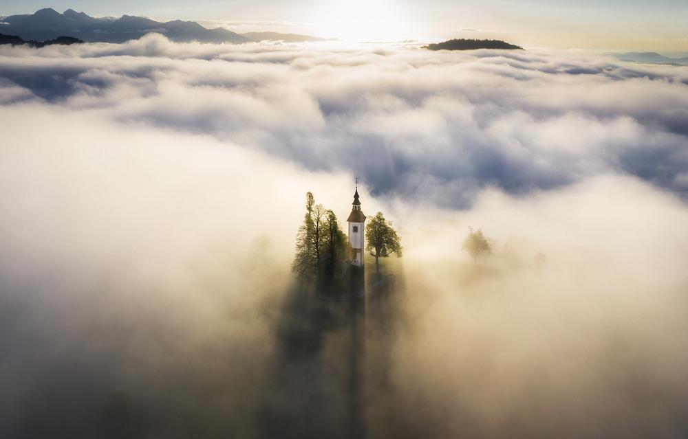 Невесомость Автор: Дмитрий Иванов