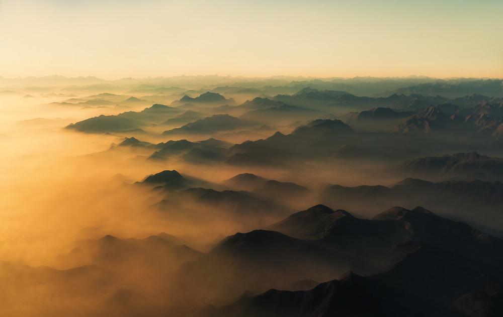Вечерние Ретийские Альпы...Италия - Швейцария! Автор: Александр Вивчарик