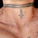 13 Бонни очень любит татуировки.