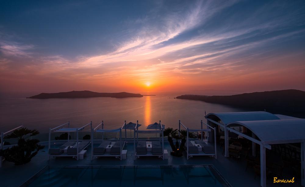 вечір над біло-голубим островом... Автор: Вячеслав