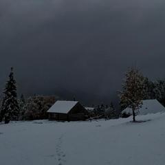 Зимовий жовтень
