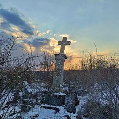 Вечір на козацькому цвинтарі