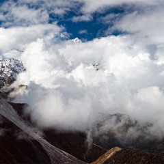 облачный Ама-Даблам