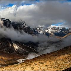 Долина ледника на рассвете