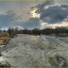 Весна на заброшенной ГЭС