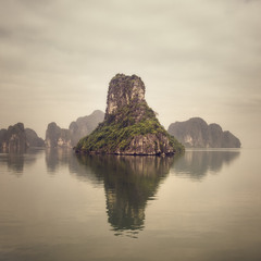 Ha Long Bay, study1