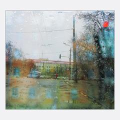 на мокрых улицах...