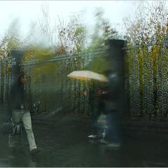 Про желтый зонт...