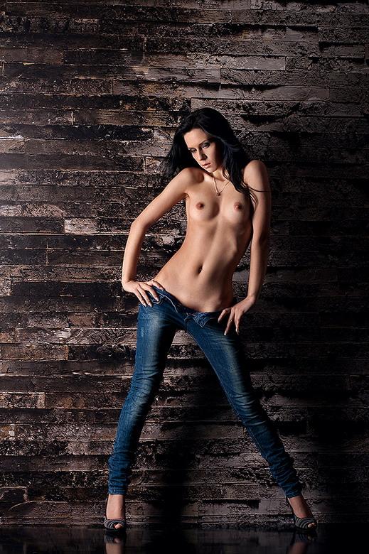 foto-erotika-pishnih-sochnih-vzroslih-zhenshin-arhiv
