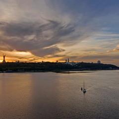 Київ - місто красень.