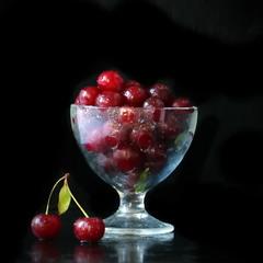 Поспели вишни в саду у дяди Вани)