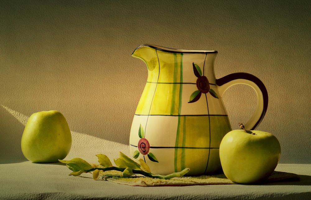 лазерные картинки натюрморт с кувшином и яблоком русская ниша