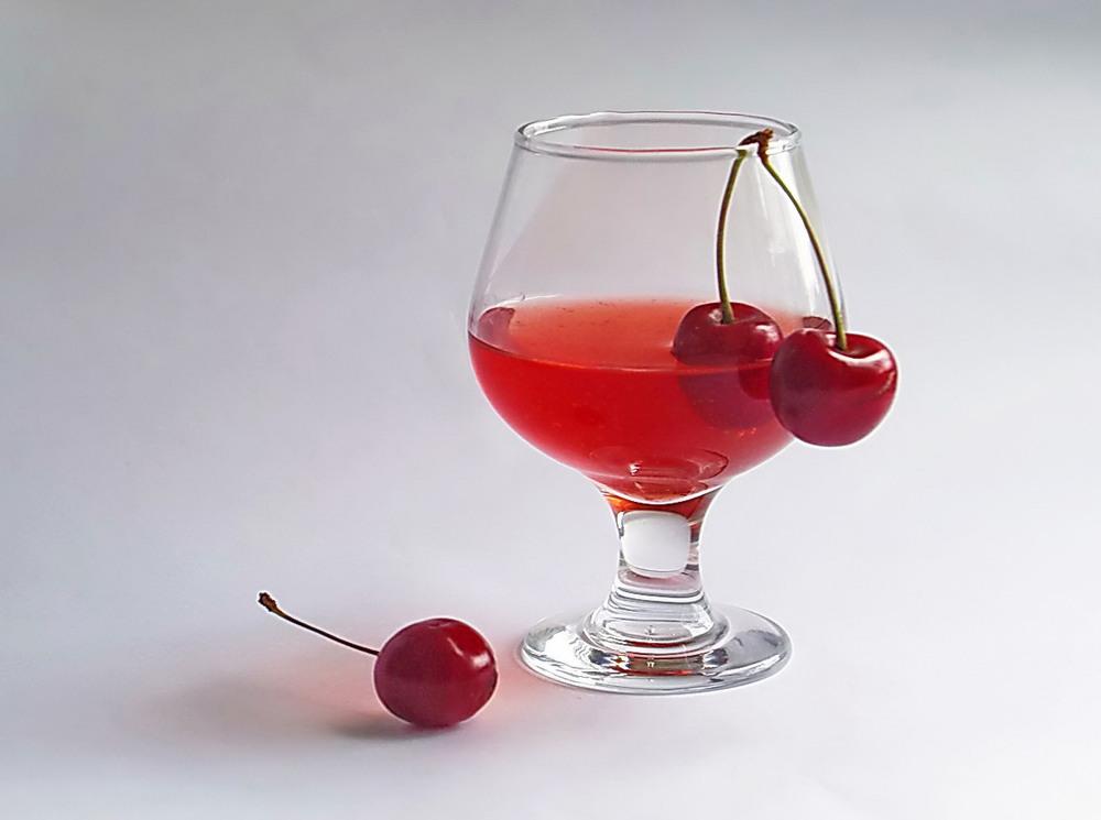 Вино вишневое картинки