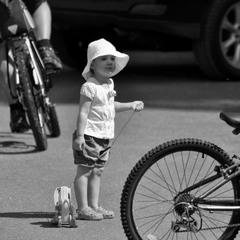 Большие колеса для маленького человечка)