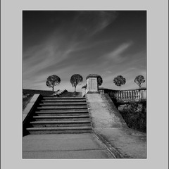 По лестнице-в небо...