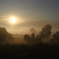 восход за городом