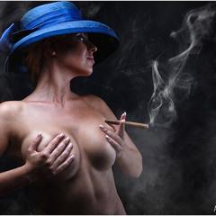 Дым...