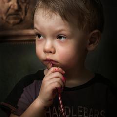 Молодой художник в поиске стиля...)