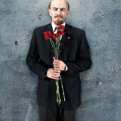 И Ленин, такой молодой!:)
