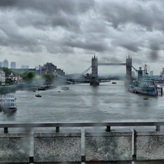 === Лондон и дождь ===