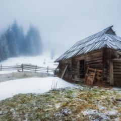 Карпаты. Полонина зимой у села Дземброня