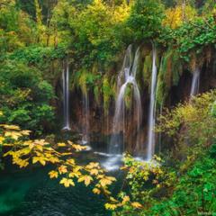 Хорватия. Плитвицкие озера. Начало осени.