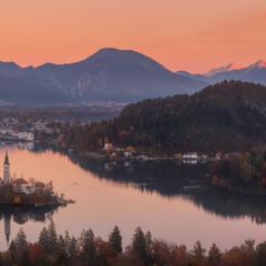 Словения. Вечер на озере Блед