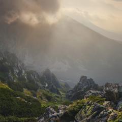 Словакия. Высокие Татры. У вершины Предне-Солиско, на рассвете.