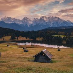 Германия. Бавария. Вечер на озере Geroldsee