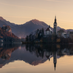 Словения. Утро на озере Блед