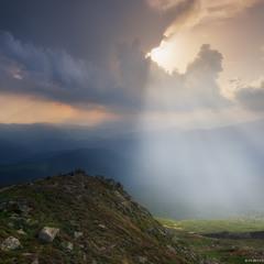 Карпаты. Вечерний свет у горы Поп Иван