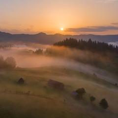Утро над перевалом